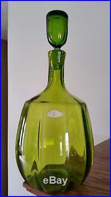 MID Century Modern Vintage Blenko Green Ribbed Glass Decanter 15 1/2'' Tall