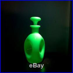 Rare Vintage McKee Glass Jadeite Uranium Glass Pinch Decanter