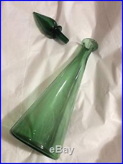 VINTAGE 1960s MID CENTURY MODERN Empoli Blown Glass Decanter with Stopper 17T