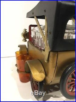 Vintage 1918 Ford Car Musical Liquor Decanter & Shot Glass Set Hong Kong works